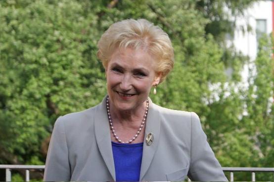 Erna Hennicot-Schoepges
